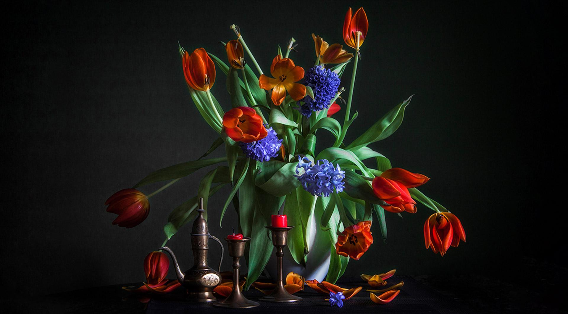Evelyn-Zacharias-Stillleben-Tulpen-slider